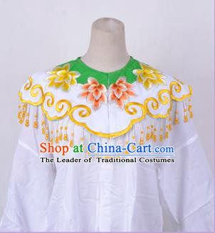 Traditional China Beijing Opera Young Lady Hua Tan Costume Princess Embroidered Green Cloud Shoulder, Ancient Chinese Peking Opera Diva Embroidery Cappa Clothing
