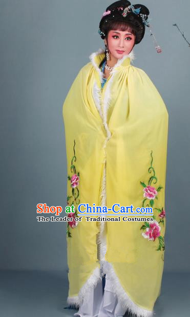 Top Grade Professional Beijing Opera Diva Costume Yellow Embroidered Cloak, Traditional Ancient Chinese Peking Opera Hua Tan Princess Embroidery Mantle