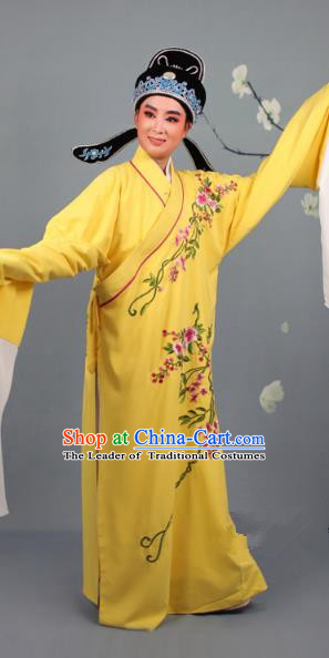 Top Grade Professional Beijing Opera Niche Costume Gifted Scholar Yellow Embroidered Robe and Headwear, Traditional Ancient Chinese Peking Opera Embroidery Roses Clothing