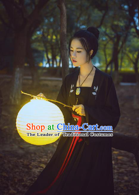 Traditional Ancient Chinese Song Dynasty Imperial Princess Costume, Elegant Hanfu Chinese Ancient Young Lady Swordswoman Embroidered Clothing