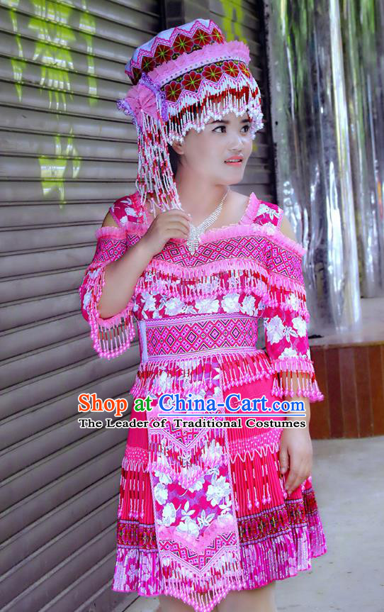 Traditional Chinese Miao Nationality Costume and Hat, Hmong Folk Dance Ethnic Pleated Skirt, Chinese Minority Nationality Embroidery Clothing for Women