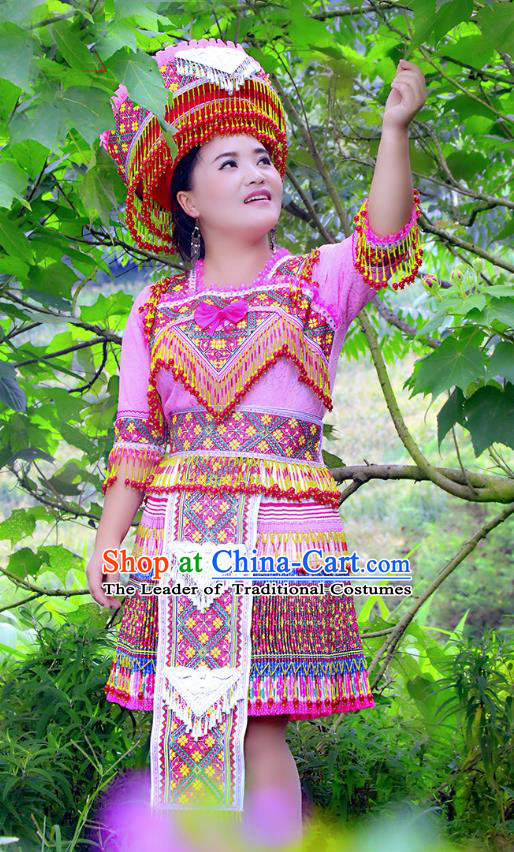 Traditional Chinese Miao Nationality Costume and Hat, Hmong Folk Dance Ethnic Pink Pleated Skirt, Chinese Minority Nationality Embroidery Clothing for Women