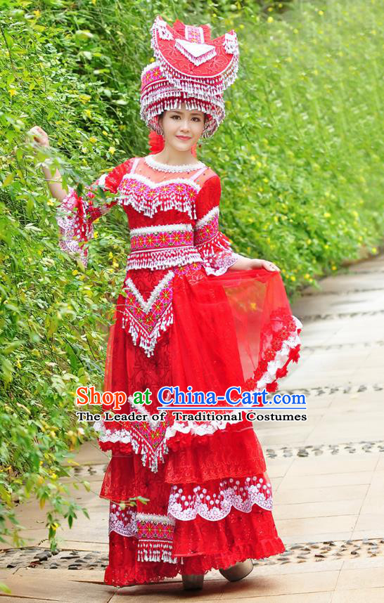 Traditional Chinese Miao Nationality Wedding Veil Costume Embroidered Red Tailing Dress and Hat, Hmong Folk Dance Ethnic Chinese Minority Nationality Embroidery Clothing for Women
