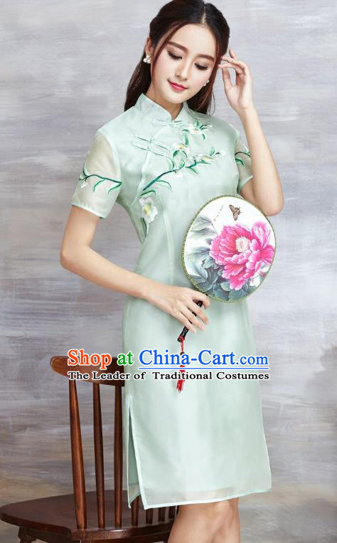 Top Grade Asian Chinese Costumes Classical Embroidery Silk Cheongsam, Traditional China National Plated Buttons Chirpaur Green Qipao for Women