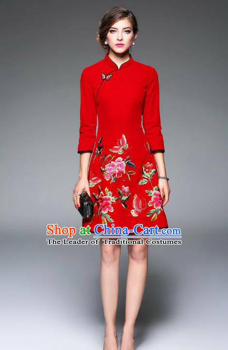 Top Grade Asian Chinese Costumes Classical Embroidery Butterfly Flowers Cheongsam, Traditional China National Middle Sleeve Chirpaur Dress Red Qipao for Women
