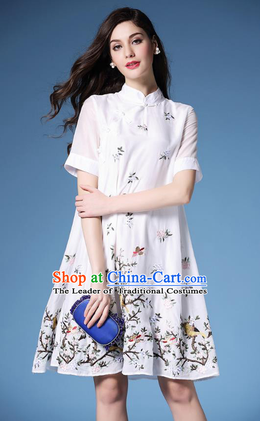 Asian Chinese Oriental Costumes Classical Slant Opening Embroidery White Cheongsam, Traditional China National Chirpaur Tang Suit Plated Buttons Qipao Dress for Women