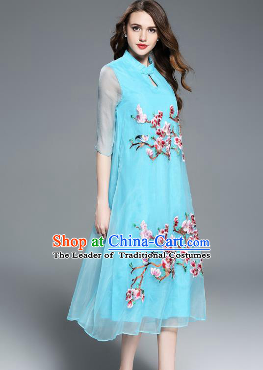 Asian Chinese Oriental Costumes Classical Embroidery Blue Silk Cheongsam, Traditional China National Chirpaur Tang Suit Plated Buttons Qipao for Women