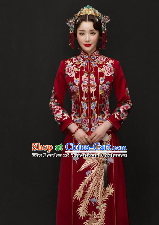 Traditional Ancient Chinese Costume Xiuhe Suits Chinese Style Wedding Red Embroidery Dragon and Phoenix Bride Cheongsam Clothing for Women