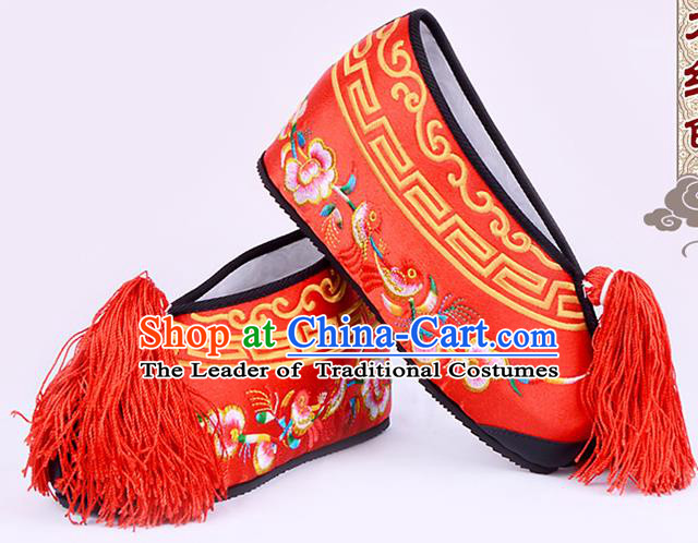 Traditional Beijing Opera Hua Tan Embroidered Shoes Young Lady Princess Shoes, Ancient Chinese Peking Opera Diva Red Blood Stained Shoes