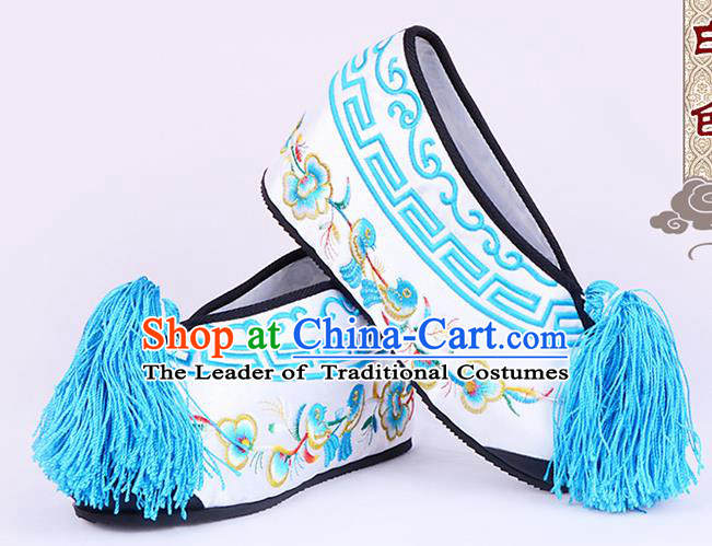 Traditional Beijing Opera Hua Tan Embroidered Shoes Young Lady Princess Shoes, Ancient Chinese Peking Opera Diva White Blood Stained Shoes