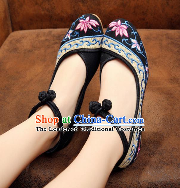 Traditional Chinese National Black Linen Embroidered Lotus Shoes, China Princess Shoes Hanfu Embroidery Shoes for Women