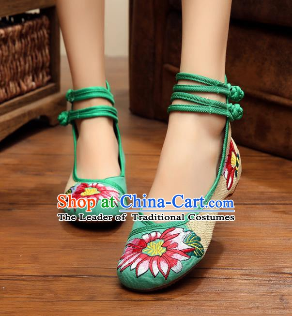 Traditional Chinese National Green Linen Embroidered Shoes, China Princess Shoes Hanfu Embroidery Flower Shoes for Women