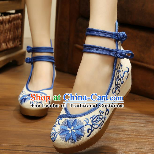 Traditional Chinese National Hanfu Linen Embroidered Shoes, China Princess Shoes Embroidery Blue Shoes for Women