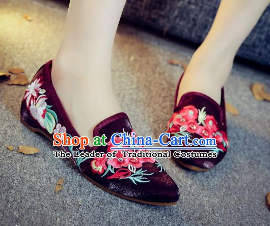 Traditional Chinese National Hanfu Embroidery Wintersweet Shoes, China Princess Purple Embroidered Shoes for Women