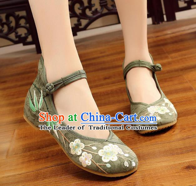 Traditional Chinese National Hanfu Embroidery Wintersweet Green Shoes, China Princess Embroidered Shoes for Women