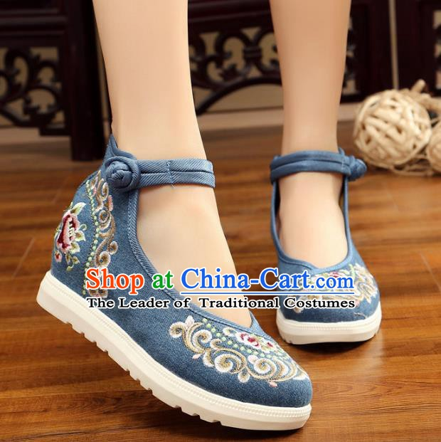 Traditional Chinese National Hanfu Blue Canvas Embroidery Shoes, China Princess Embroidered Shoes for Women
