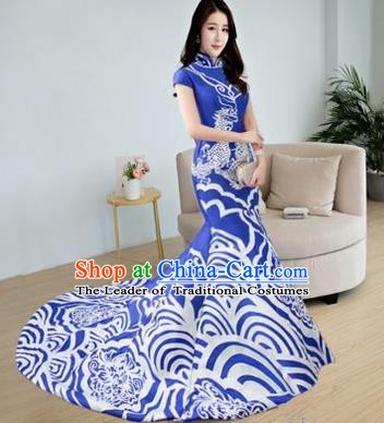 Chinese Style Wedding Catwalks Costume Wedding Bride Embroidered Clothing Trailing Full Dress Cheongsam for Women