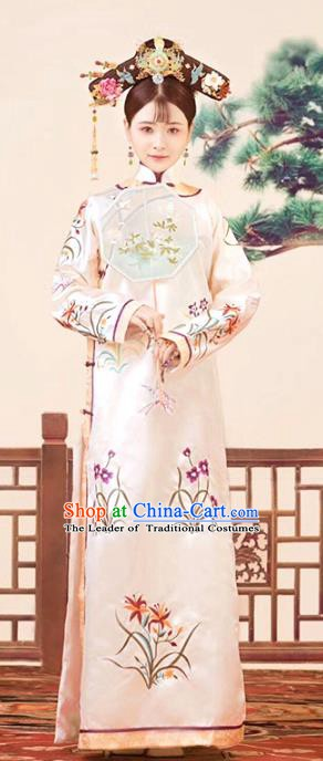 Traditional Chinese Ancient Qing Dynasty Manchu Princess Embroidered Costume for Women