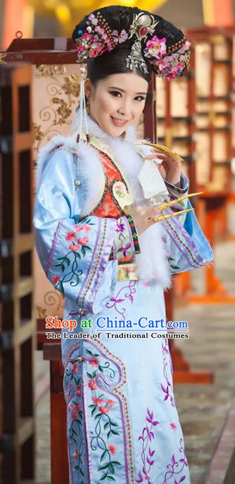 Traditional Chinese Ancient Qing Dynasty Imperial Princess Embroidered Mandarin Robe Costume for Women