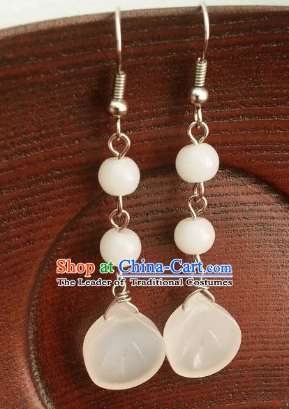 Traditional Chinese Handmade Classical Hanfu White Eardrop Ancient Palace Queen Earrings for Women