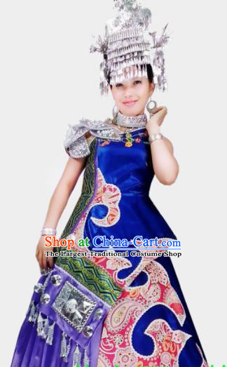 Chinese Traditional Yi Nationality Wedding Costume Folk Dance Ethnic Blue Dress for Women