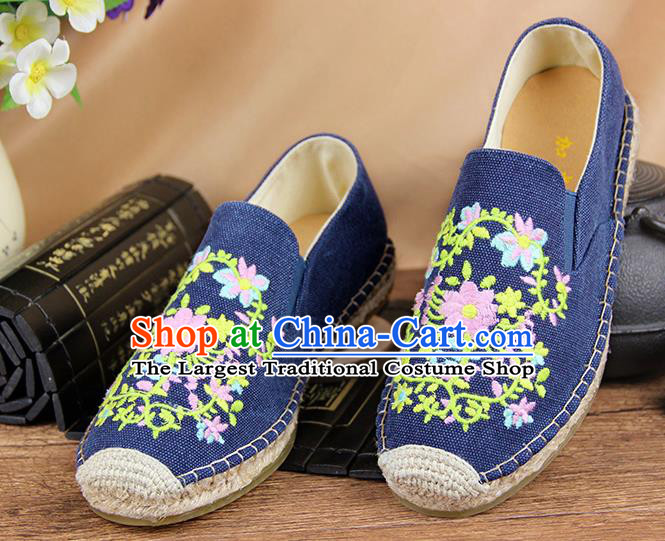 Chinese National Handmade Shoes Traditional Cloth Shoes Embroidery Flowers Blue Shoes for Women