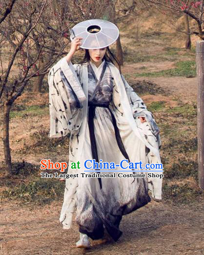 Chinese Jin Dynasty Swordswoman Costumes Ancient Nobility Lady Hanfu Dress for Women