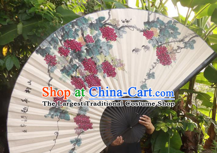 Chinese Traditional Fans Decoration Crafts Black Frame Ink Painting Grape Folding Fans Paper Fans