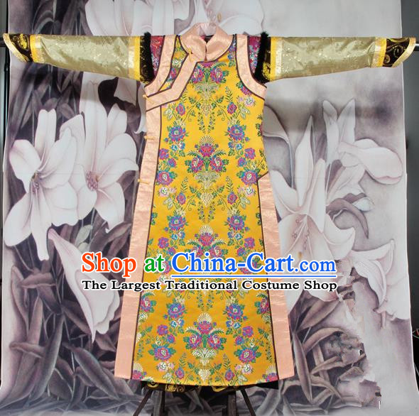 Chinese Traditional Qing Dynasty Queen Costumes Ancient Empress Embroidered Clothing for Women