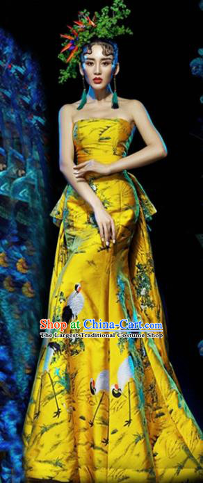 Chinese Classical Catwalks Costumes Traditional Yellow Trailing Full Dress for Women
