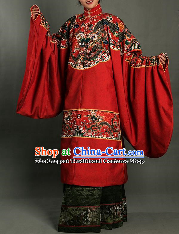 Chinese Traditional Ming Dynasty Queen Clothing Ancient Palace Lady Embroidered Costumes for Women