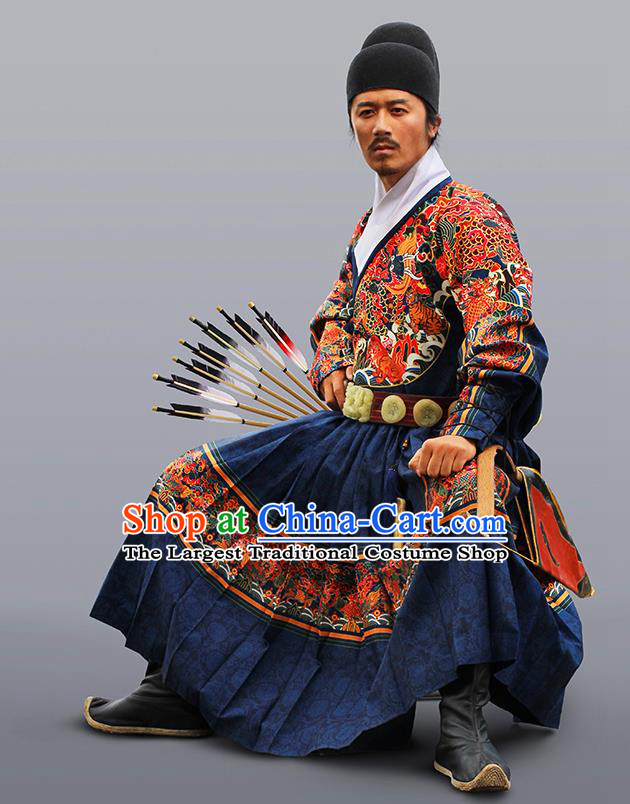 Chinese Traditional Ming Dynasty Swordsman Clothing Ancient Blades Embroidered Navy Costumes for Men