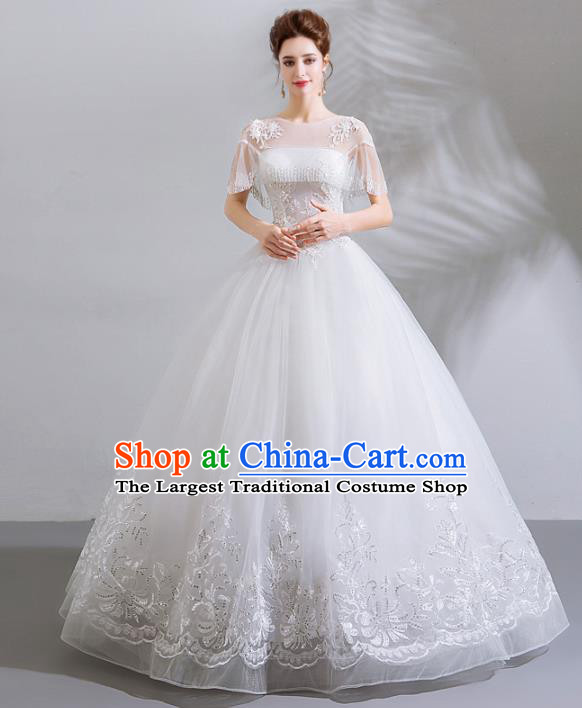 Handmade Top Grade Princess Embroidered White Wedding Dress Fancy Wedding Gown for Women