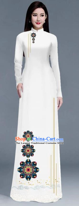 Asian Traditional Vietnam Ao Dai Costume Vietnamese Bride White Cheongsam for Women