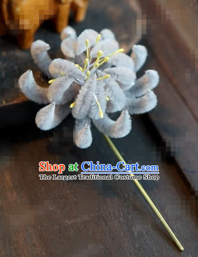 Chinese Ancient Queen Grey Velvet Chrysanthemum Hair Clip Wedding Bride Headdress Hairpins for Women