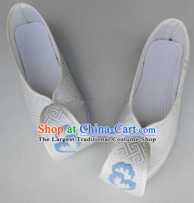 Chinese Traditional Hanfu Shoes Embroidered Shoes Handmade White Satin Shoes for Women