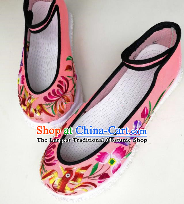 Chinese Traditional Hanfu Shoes Embroidered Shoes Handmade Pink Cloth Shoes for Women