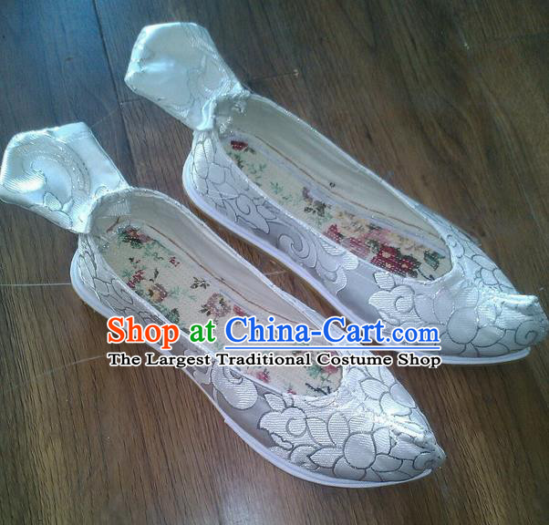 Chinese Traditional Hanfu Shoes Ancient White Satin Embroidered Shoes Handmade Shoes for Women