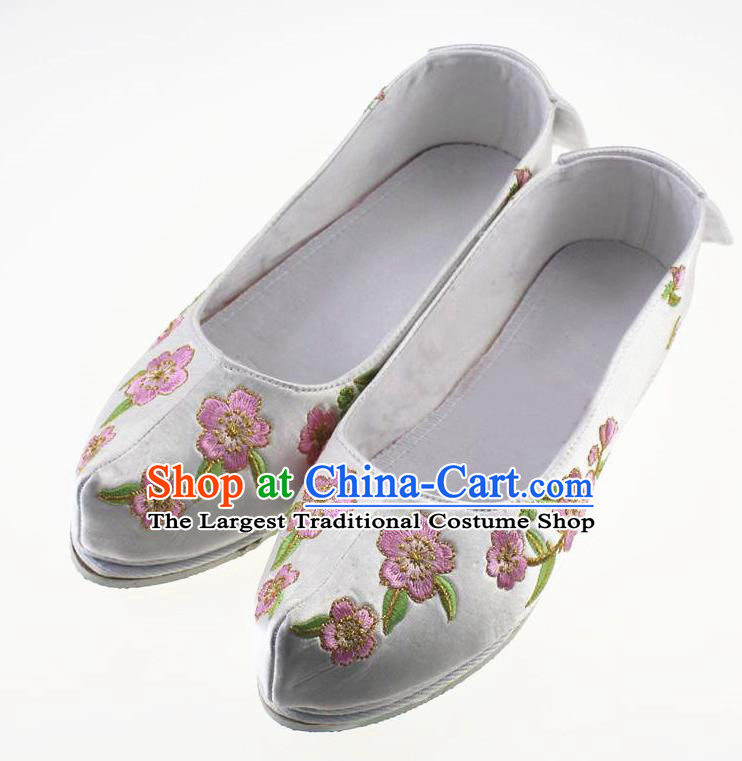 Chinese Traditional Hanfu Shoes White Cloth Shoes Ancient Princess Embroidered Shoes for Women
