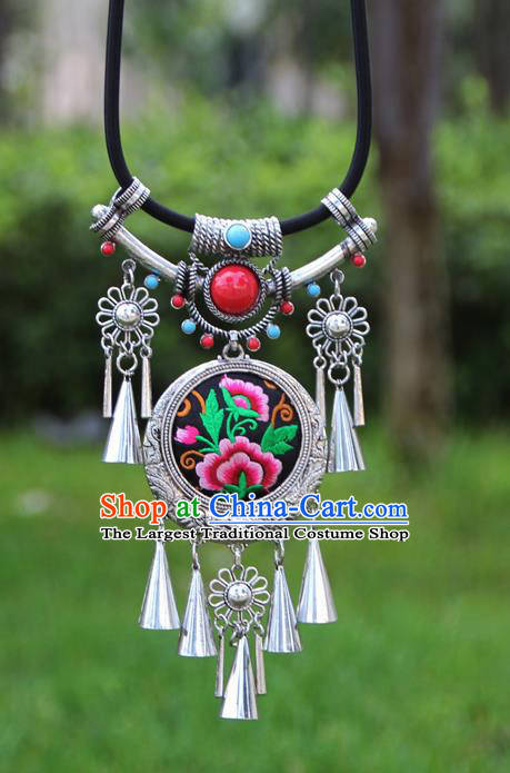 Chinese Traditional Minority Embroidered Peony Black Necklace Ethnic Folk Dance Accessories for Women