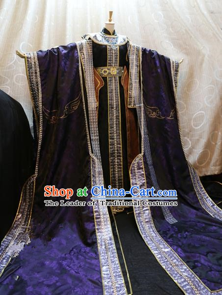 Ancient China Cosplay Royal Emperor Costumes Swordsman Knight Embroidered Clothing for Men