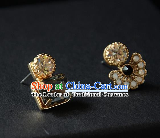 European Western Bride Vintage Accessories Eardrop Renaissance Peacock Earrings for Women
