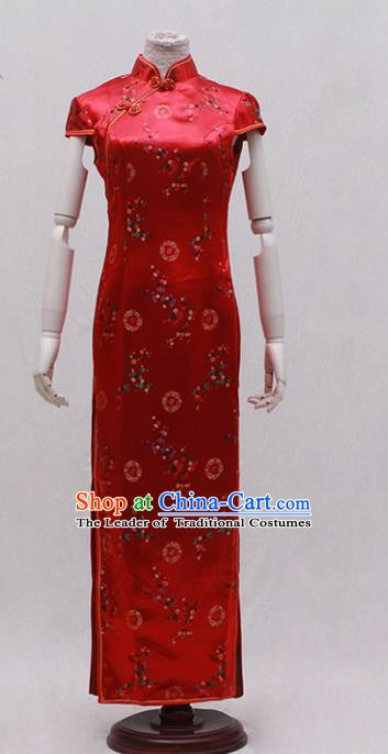 Traditional Ancient Chinese Costume Red Embroidered Cheongsam Clothing for Women