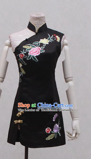 Traditional Ancient Chinese Black Qipao Dress Embroidered Cheongsam Clothing for Women