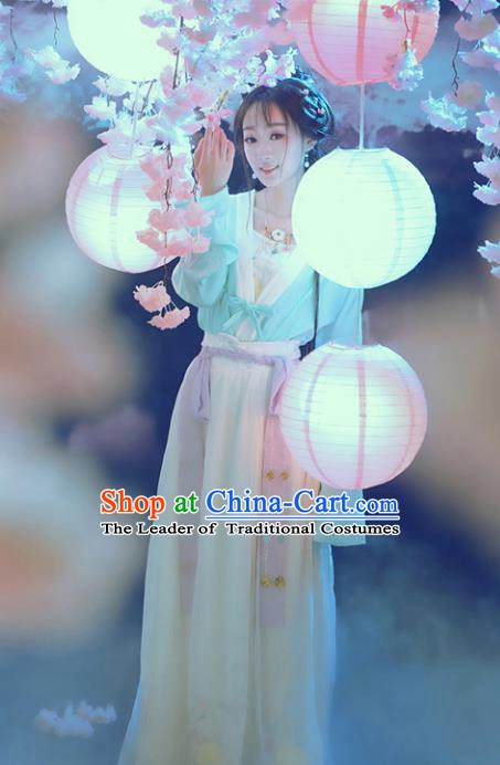 Asian Chinese Ancient Palace Lady Costume Song Dynasty Princess Clothing for Women
