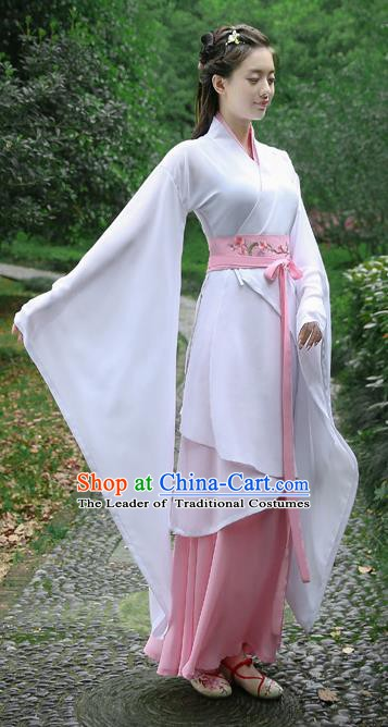 Traditional Chinese Ancient Han Dynasty Palace Lady Clothing Embroidered White Curving-front Robe for Women