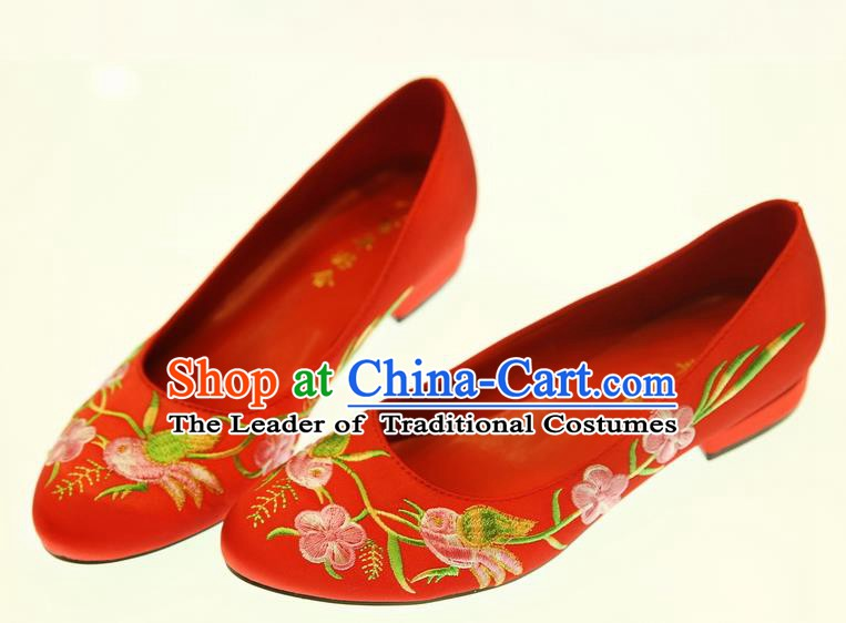 Asian Chinese Wedding Red Shoes Embroidered Flowers Birds Shoes Hanfu Shoes for Women