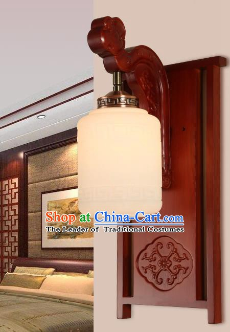 China Handmade Lanterns Wall Lantern Ancient Wood Carving Lanterns Traditional Lamp