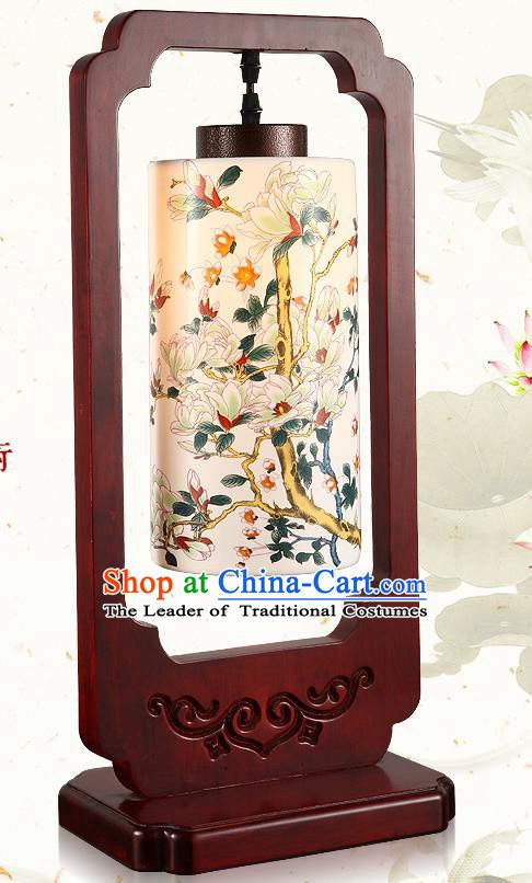 China Handmade Lanterns Palace Desk Lantern Ancient Wood Lanterns Traditional Lamp