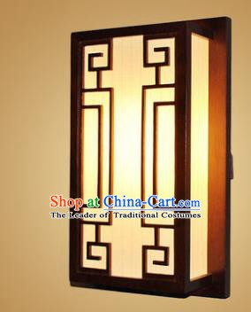 China Handmade Wood Lanterns Wall Palace Lantern Ancient Lanterns Traditional Lamp